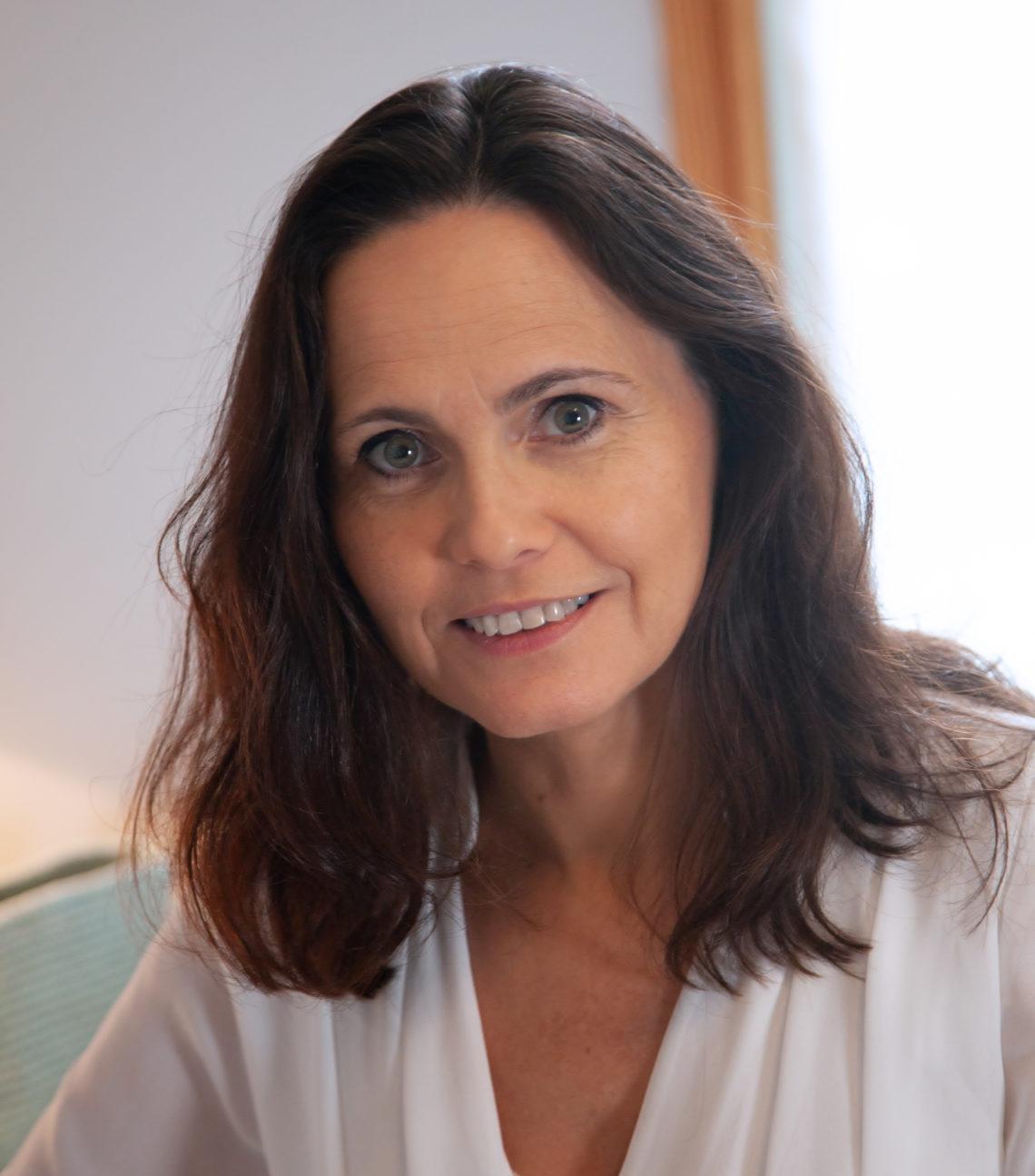 Portrait complet de Emmanuelle Weber